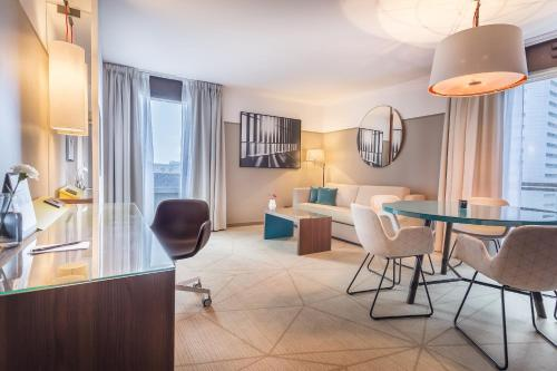 Гостевой дом «Fraser Suites Harmonie Paris La Defense», Корбевуа