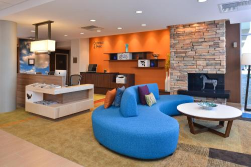 Fairfield Inn & Suites by Marriott Sacramento Airport Woodland Photo