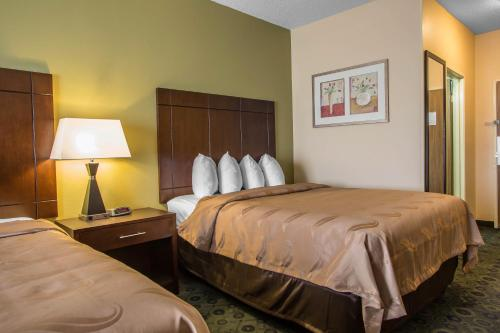 Quality Inn & Suites Bloomington Photo