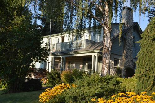 La Maison Sur Le Hill Bed & Breakfast Photo
