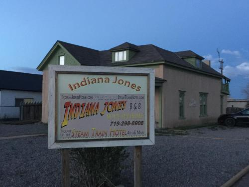 Indiana Jones Bed and Breakfast Photo