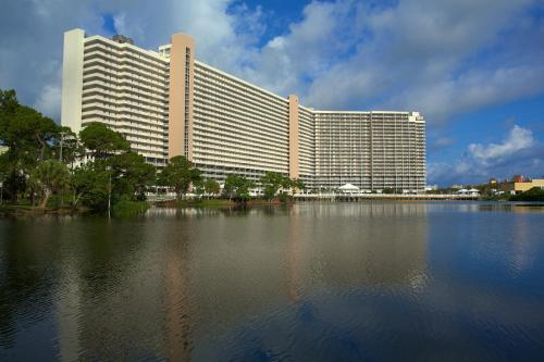 Picture of Laketown Wharf Resort
