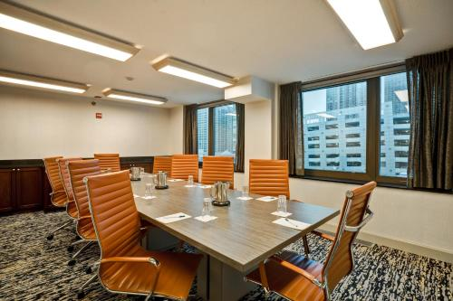 Homewood Suites by Hilton Chicago-Downtown photo 4