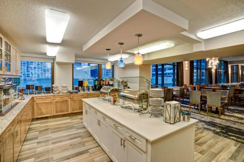 Homewood Suites by Hilton Chicago-Downtown photo 16