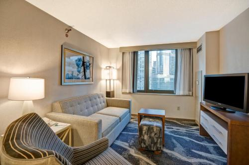Homewood Suites by Hilton Chicago-Downtown Photo