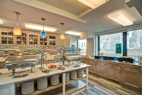 Homewood Suites by Hilton Chicago-Downtown photo 46