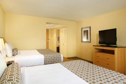 Crowne Plaza Hotel Orlando-Universal photo 42