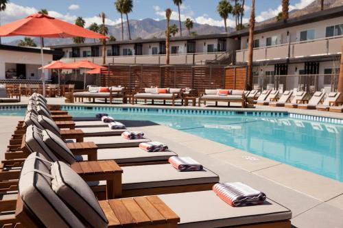 Photo of V Palm Springs hotel in Palm Springs