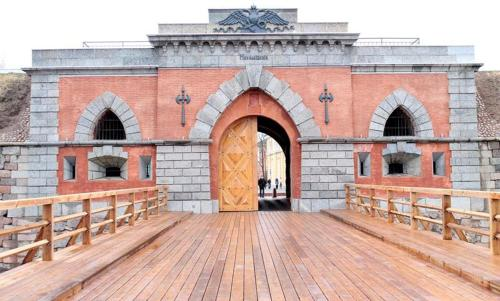 Picturesque apartment into antique fortress, 陶格夫匹尔斯