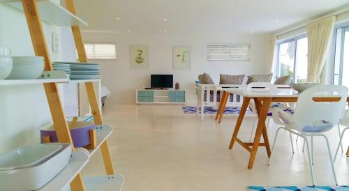 Stunning Simonstown Apartment Photo
