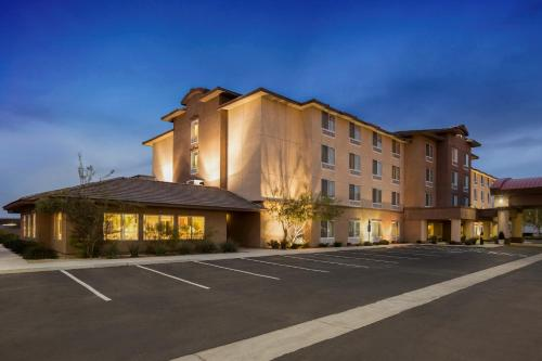 Picture of Ayres Hotel Barstow