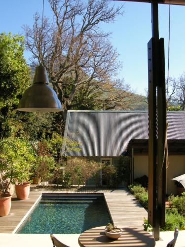 Four Rosmead Boutique Guesthouse Photo