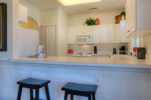 Magnolia Place 201-4639 Condo Photo