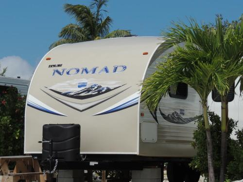 Sunshine Key Elite Travel Trailer 17 Photo