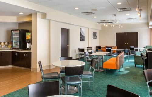 SpringHill Suites Louisville Hurstbourne/North Photo