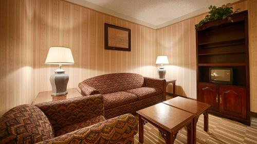 Best Western Lapeer Inn Photo
