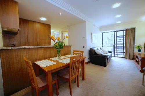 Stunning Two Bedroom, Luxury Pool and Gym - auckland -