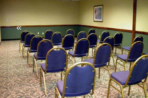 Ramada Airport Conference Center Moline Il