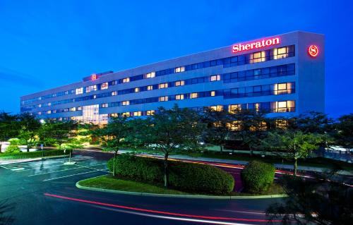 Sheraton Eatontown Hotel Photo