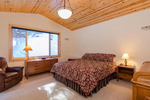 Tahoe Donner Home Away from Home Photo