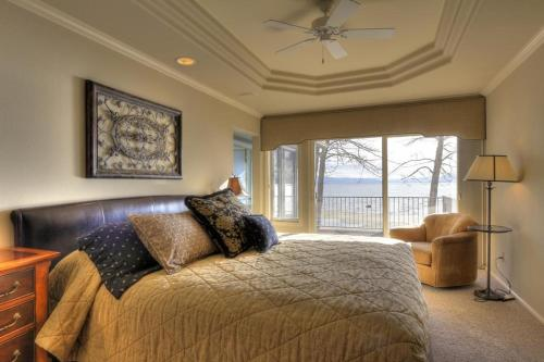 Sweetbriar Lakefront 6 Photo