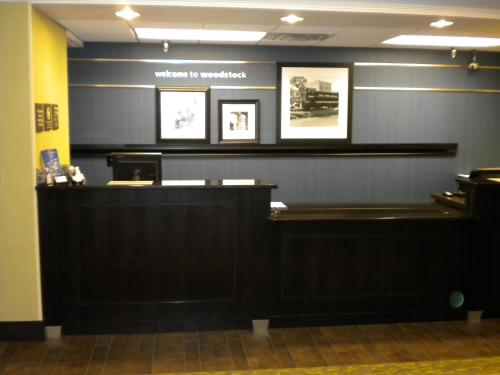 Hampton Inn Atlanta-Woodstock Photo