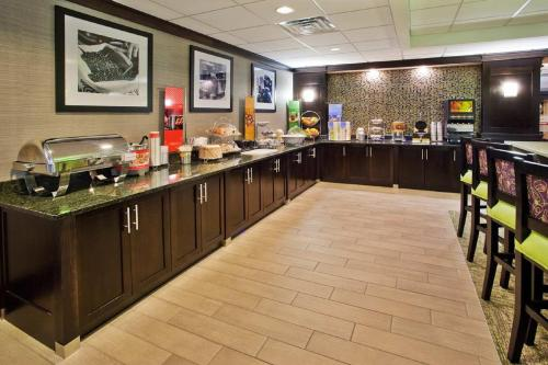 Hampton Inn Atlanta-Town Center/Kennesaw Photo