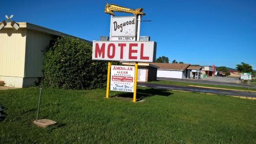 Dogwood Motel Photo