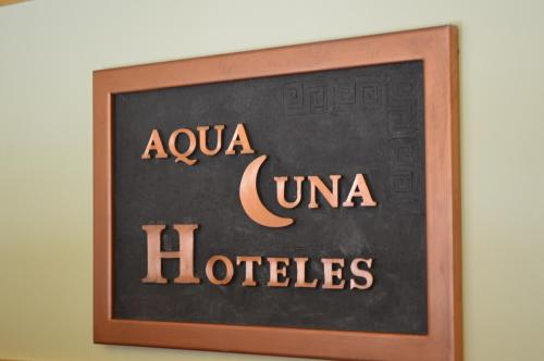 Aqualuna Hotel Photo