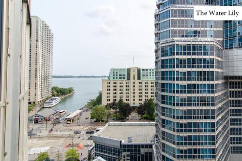 2 BR Waterfront Retreat w/Parking Photo