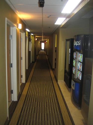 Bowman Inn and Suites Photo