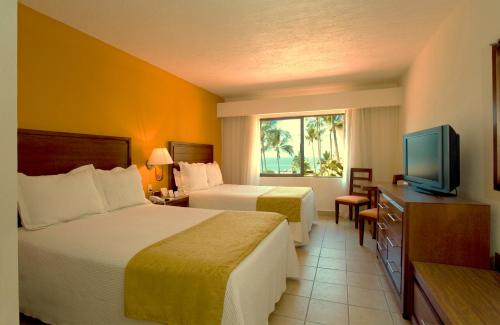 Canto del Sol Plaza Vallarta, All Inclusive Beach & Tennis Resort Photo