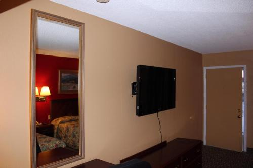 Valustay Inn Shakopee Photo