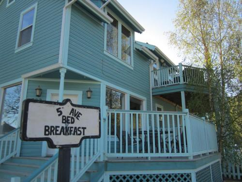 5th Avenue Bed & Breakfast