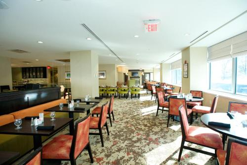 The Hilton Garden Inn Buffalo-Downtown Photo