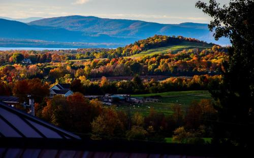 Mt. Philo Inn Photo