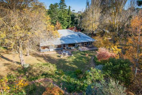 Braeside Mount Macedon Country Retreat Bed and Breakfast