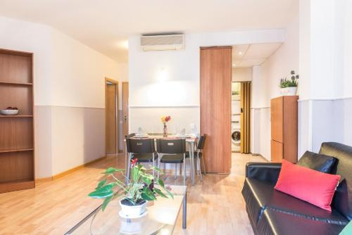Apartments Sata Park Guell Area photo 34