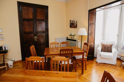 Hostal Ally's Guest House, Bed&breakfast thumb-3