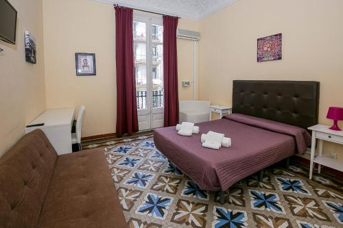 Hostal Balmes Centro photo 17