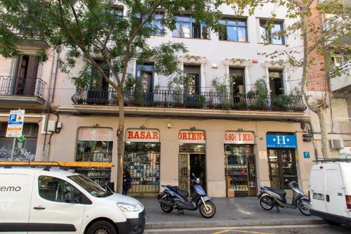 Hostal LK Barcelona photo 25