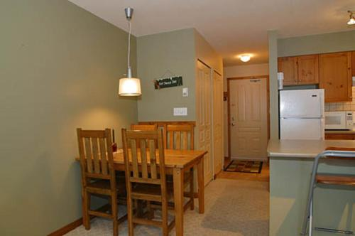 Silver Star Accommodation - Creekside Photo