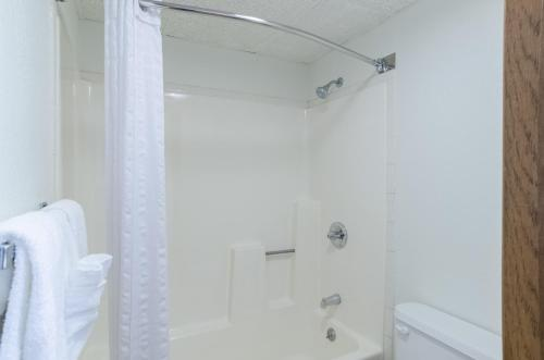 Motel 6 Gillette Photo