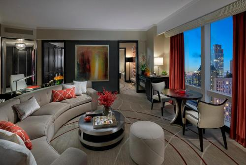 Mandarin Oriental New York Photo