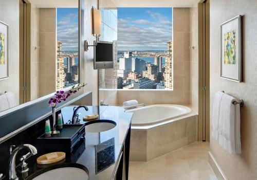 Mandarin Oriental New York photo 13