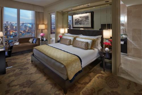 Mandarin Oriental New York photo 16