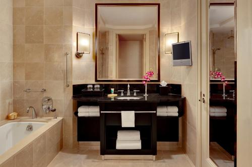 Mandarin Oriental New York photo 22