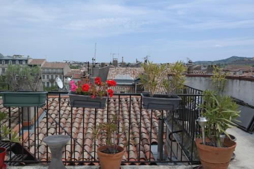 Penthouse Apartment overlooking Place Carnot photo 7