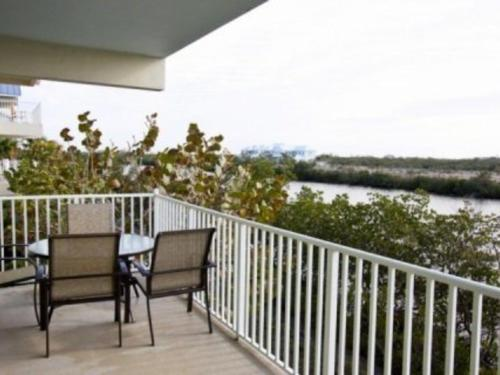 Bahia Beach Apartment 521 Photo