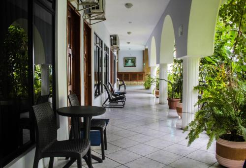 Heliconias Grand Hotel Photo